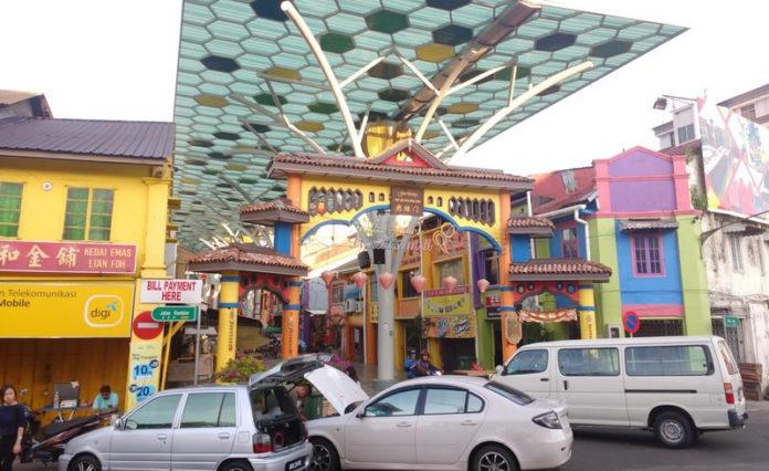 India Street Kuching. Photo by STB