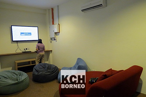 The media lounge of BB Bunkers