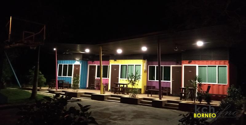 cabins lundu retreat