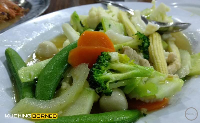 Muara Tebas Seafood Mixed Vege