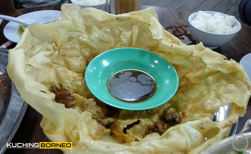 Muara Tebas Seafood Oyster Omelette
